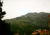 Pohoří tyčící se nad obcí Baška Voda